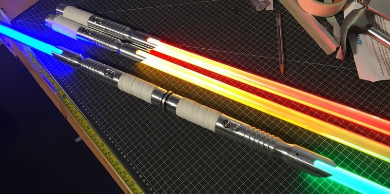 Spada laser a doppia lama saberstaff